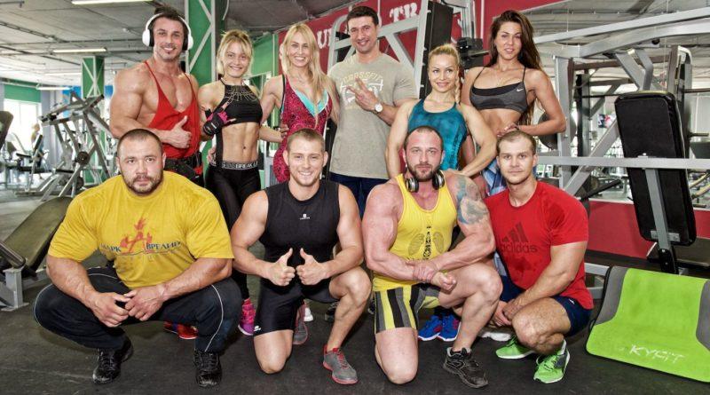 Тренировочный сбор потенциальных кандидатов для участия на чемпионате России по бодибилдингу и фитнесу в Санкт-Петербурге